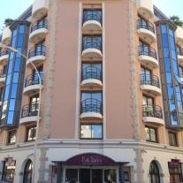 Park & Suites Prestige Cannes Croisette 4*