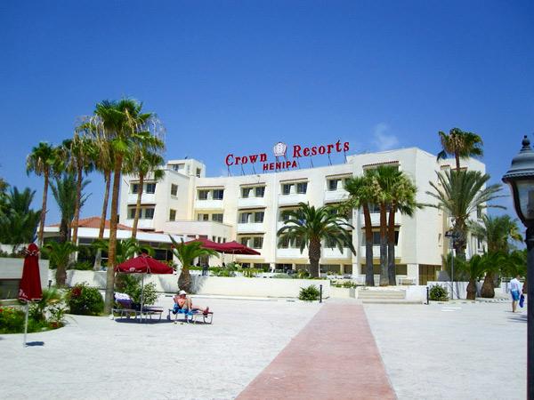 Crown Resorts Henipa фасад