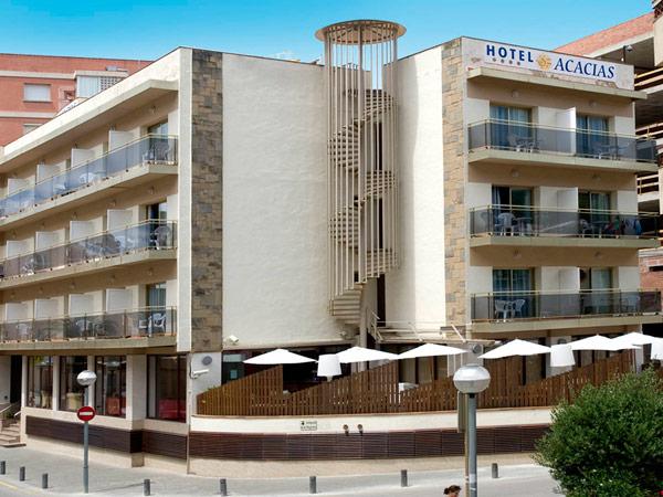 Hotel Acacias фасад