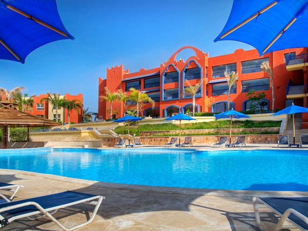 Aurora Oriental Bay Resort Marsa Alam бассейн