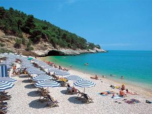 Villette Belvedere Villa - Pugnochiuso Resort пляж