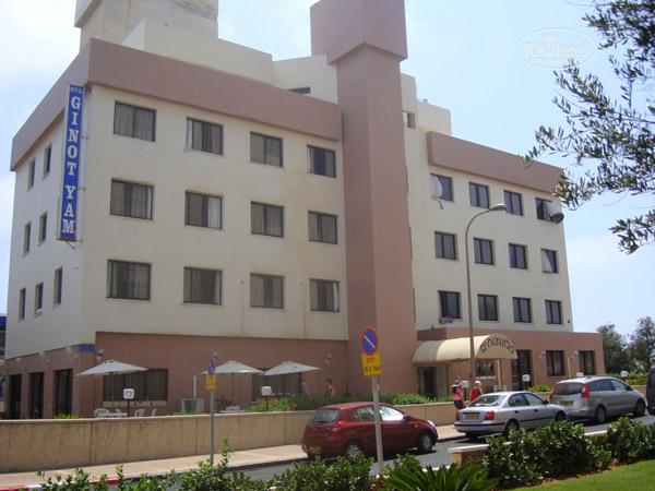 Ginot Yam фасад