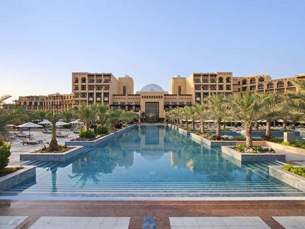 Hilton Ras Al Khaimah Resort & SPA фасад