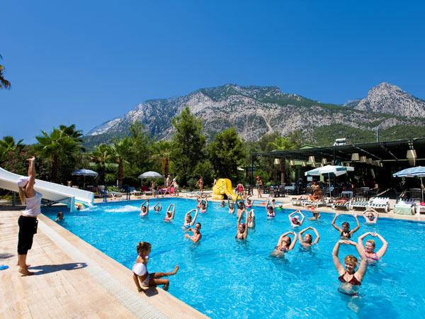Larissa Hotel Beldibi бассейн