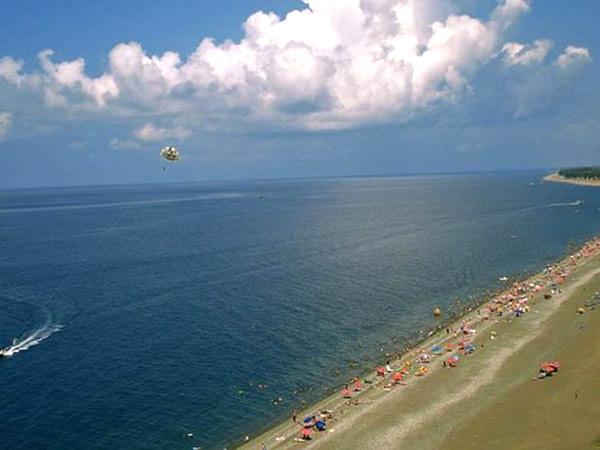 Nugo пляж