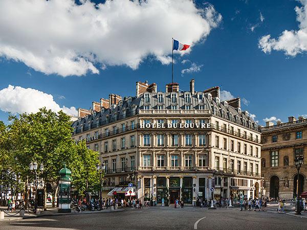 Louvre Hyatt Hotel фасад