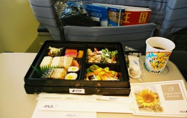 новость еда на борту самолёта