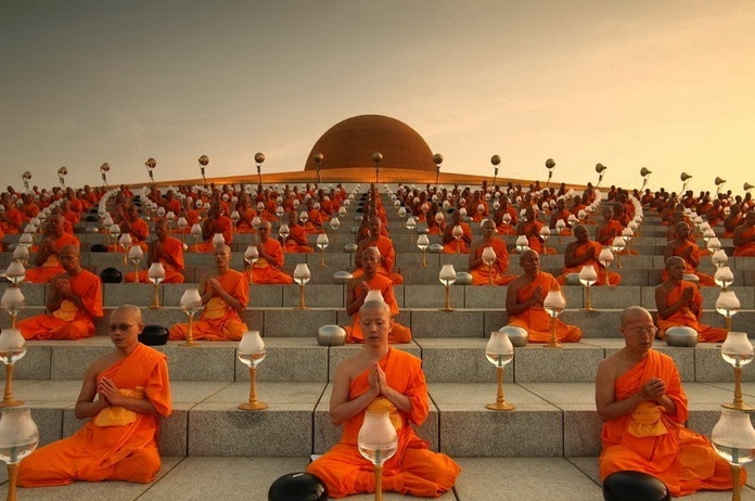 новость буддийский храм Wat Phra Dhammakaya