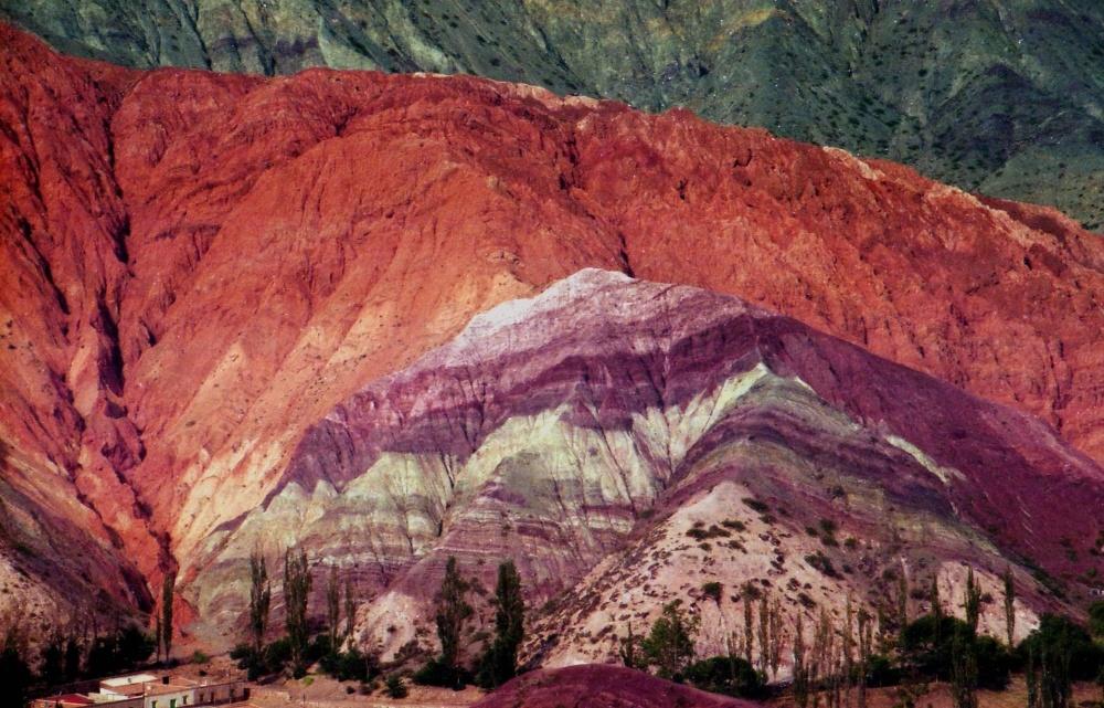 Горная долина Кебрада-де-Умауака в Аргентине