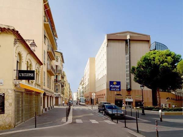 Kyriad Port фасад