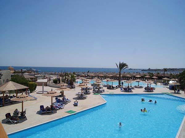 Dessole Aladdin Beach Resort бассейн 2