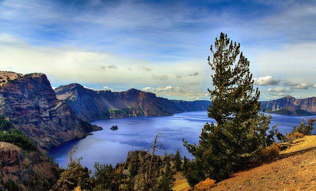 11012701-Crater-Lake-630x381