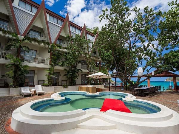 Boathouse Phuket бассейн 3