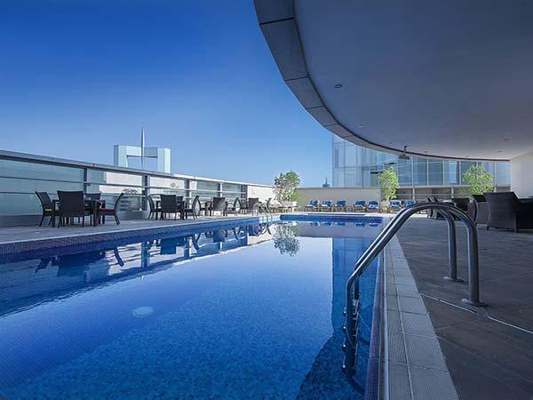 Emirates Grand Hotel Apartments бассейн