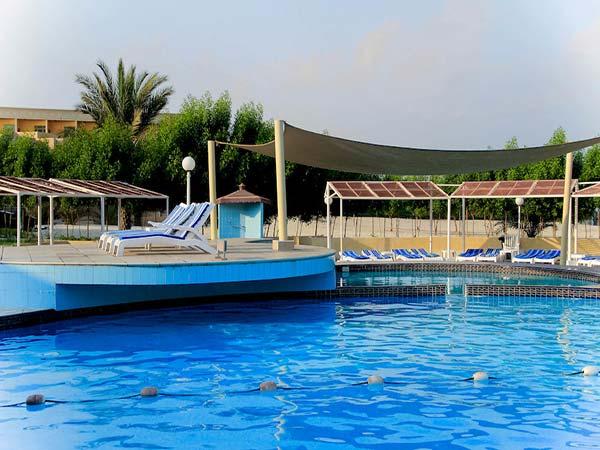 Golden Beach Motel бассейн 1