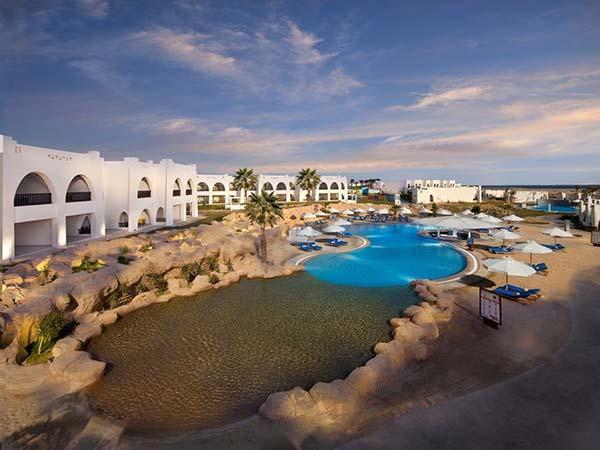 Hilton Marsa Alam Nubian Resort территория 1