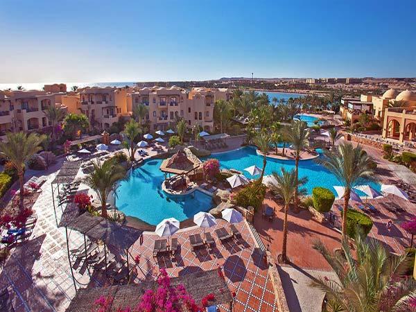 Iberotel Coraya Beach Resort территория