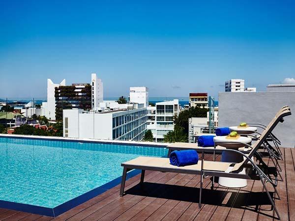 Premier Inn Pattaya бассейн 2