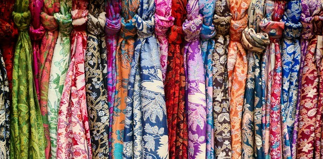 neck-scarves-287657_640