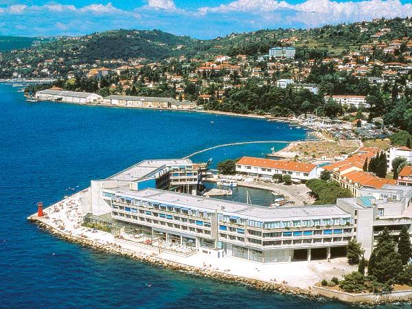 Grand Hotel Bernardin 5*. Панорама