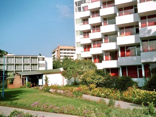 Balaton 2*  (Балатон 2* ). Фасад