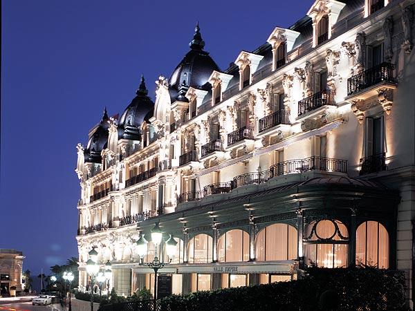 De Paris 4* De Luxe. Фасад