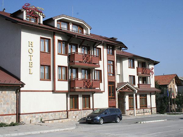 Evelina Palace 4*. Фасад