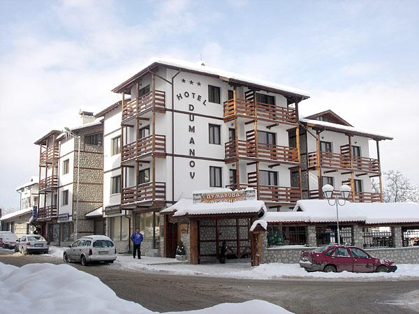 Dumanov 3*. Фасад