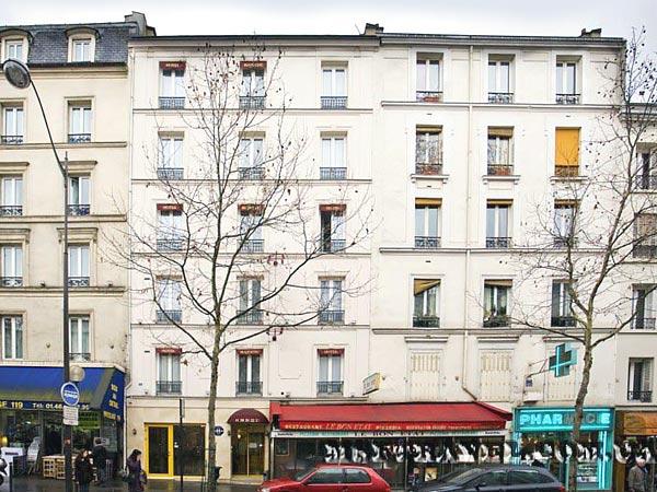121 Paris 3*. Фасад