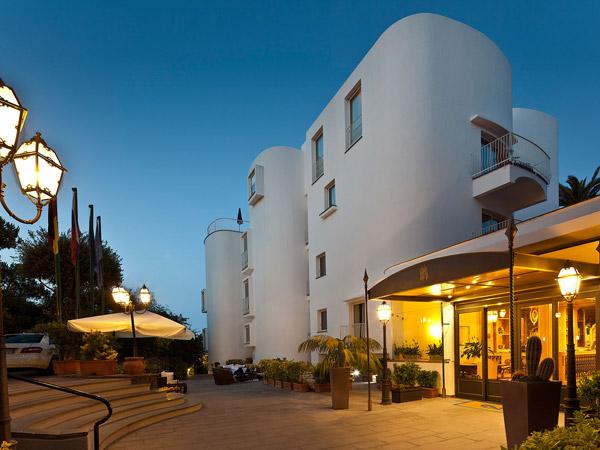 Punta Molino Hotel Beach Resort & Spa 5*. Фасад