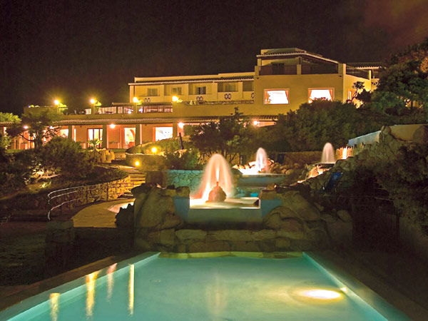 Grand Hotel Capo Testa 5*. Фасад