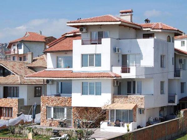 Sunny Viki House 2* (Санни Вики Хаус 2*). Фасад