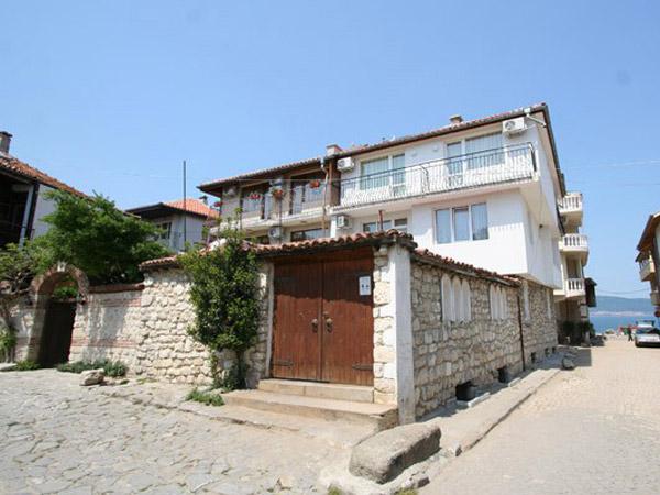 Kirios 2* (Кириос 2*). Фасад