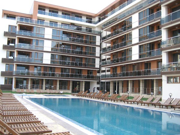 Pomorie Bay Apartments and SPA  4* (Поморье Бей 4*). Фасад