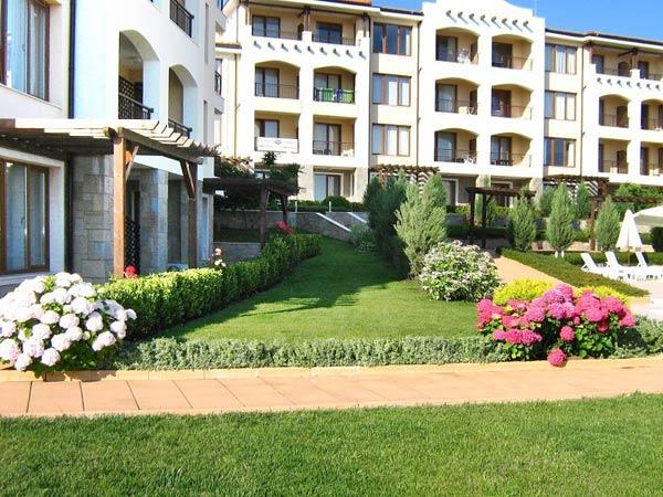 View Apartments 3* (Вью Апартменс 3*). Фасад