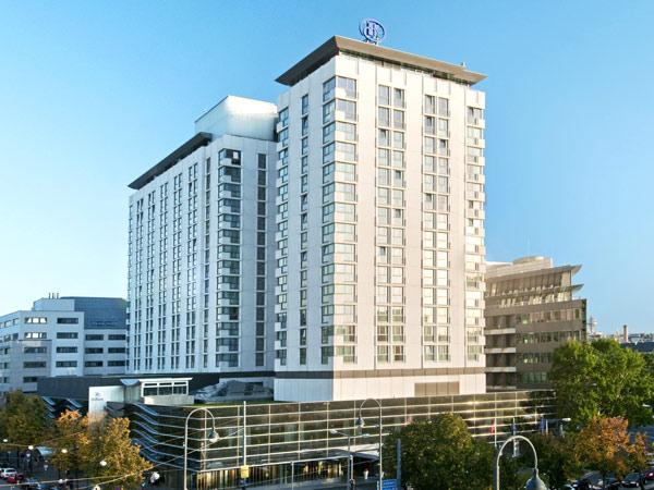 Vienna Hilton 5*. Фасад