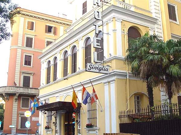 Siviglia 3*. Фасад