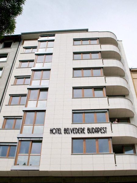 Belvedere Budapest Hotel 4*. Фасад