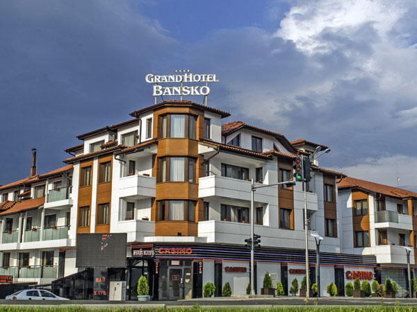 Grand Hotel Bansko 4*. Фасад