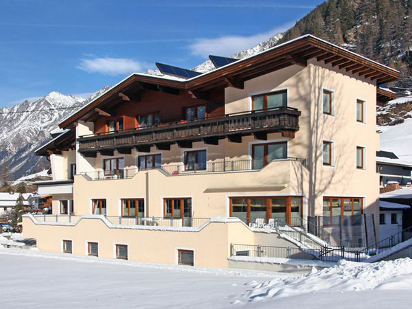 Pension Alpenheim Jorgele 3*. Фасад