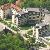 Zagreb 4*
